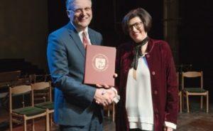 2017 m. VU rektorius įteikia Rektoriaus mokslo premiją